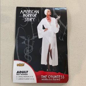 American Horror Story Costume / The Countess
